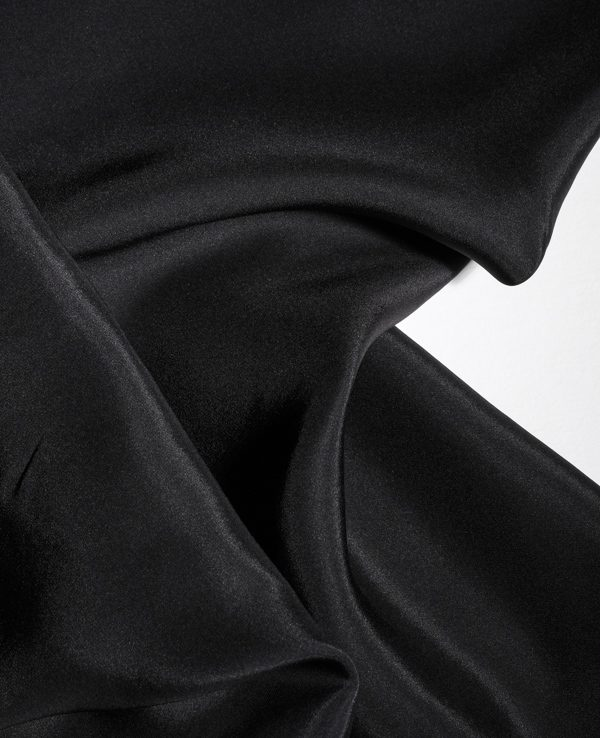 Black silk crepe de chine 140 cm wide-0