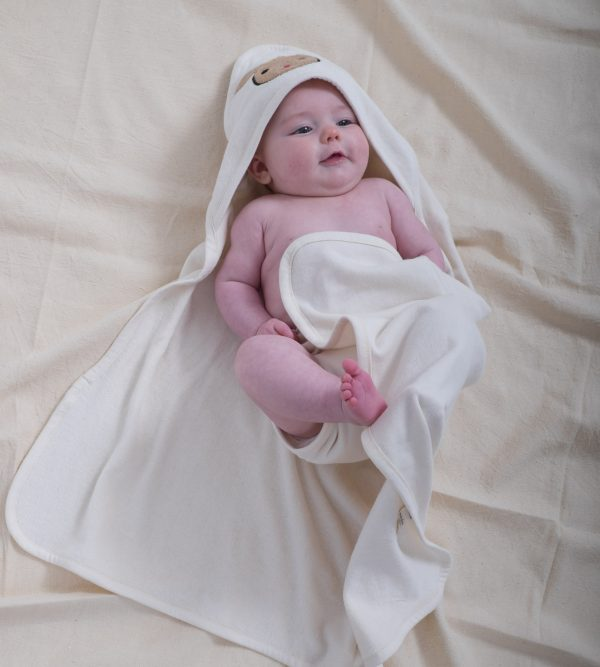 Soft organic cotton baby towel with hood.-538