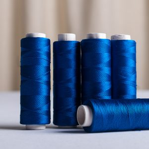Pure silk sewing thread 200 yards Electric blue-0
