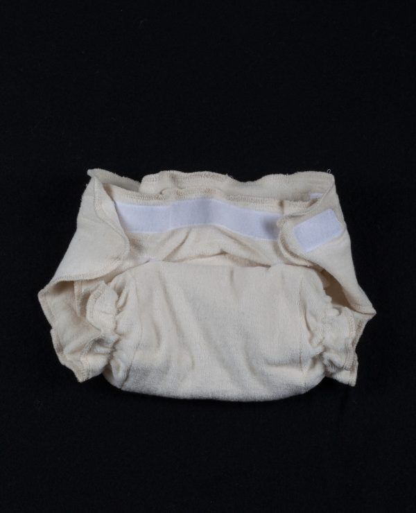 Adjustable size highly absorbent organic knit cotton nappy.-732